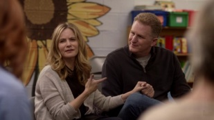 Atypical 01x04 : A Nice Neutral Smell- Seriesaddict